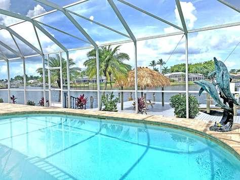 Villa Casaba - Lyxig Poolvilla Vid Korsande Kanaler - Båtlift
