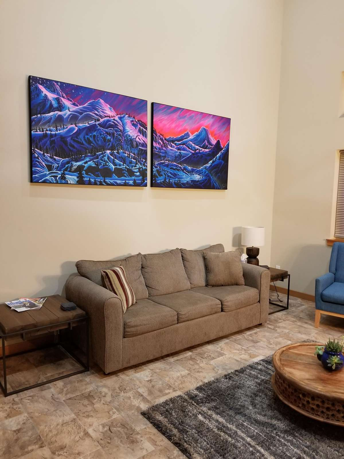 Living Room with beautiful backdrop of Heather Meadows Glow
