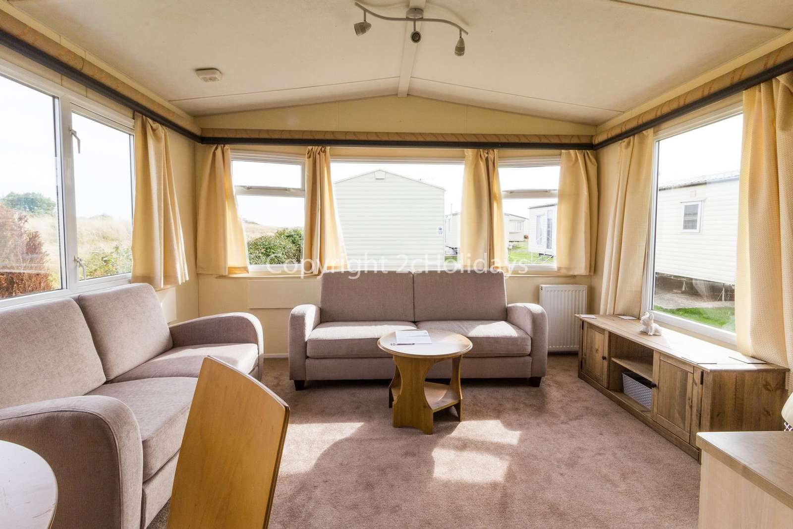 Caravan for hire in Clacton-On-Sea