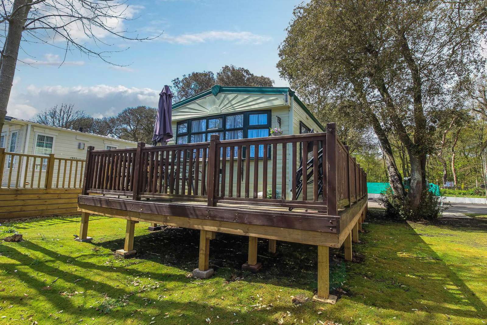 32021AS – Azure Seas, 2 bed, 5 berth caravan with decking on large pitch. Ruby rated. - property