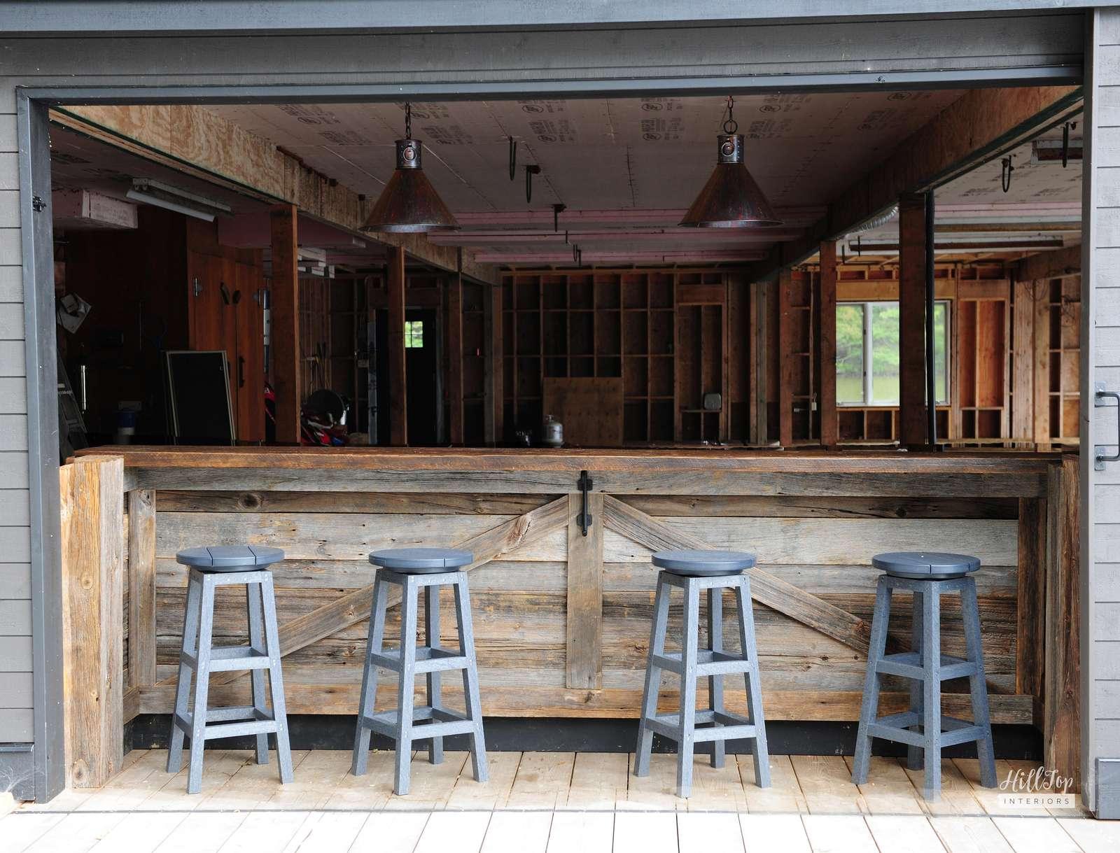 Boathouse Bar