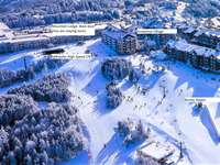 Mountain Lodge Back door, Ballhooter High Speed Lift and Village - All together - Best Location on the Mountain thumb