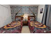 Harry Potter room 2nd floor ( 2 twin beds ) thumb