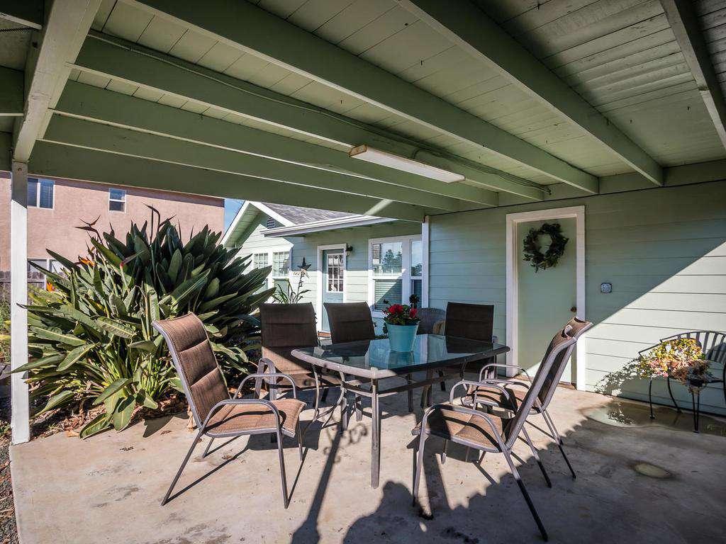 983 Carmel Street - property