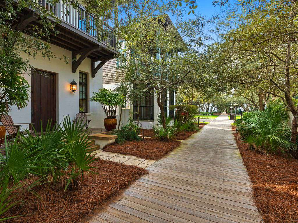 Front of home boardwalk to the beach
