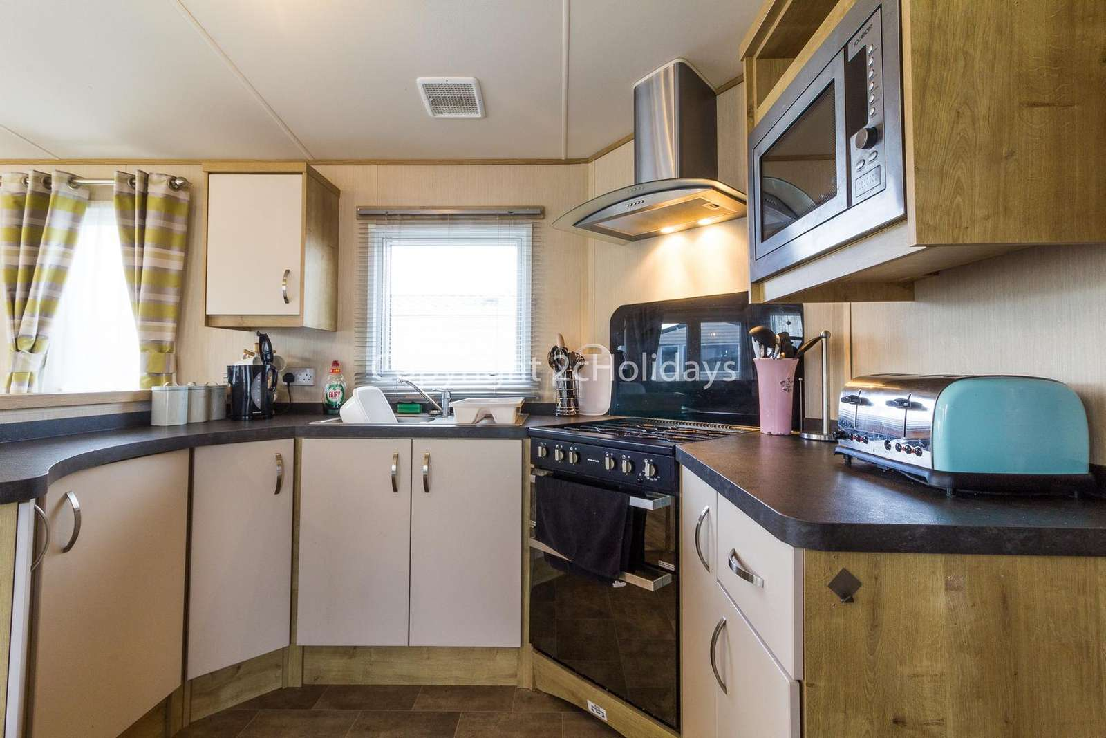 A fully equipped pet friendly accommodation, perfect for self-catering breaks!