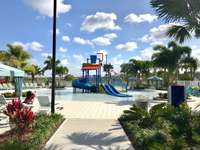 Kids' splash park thumb