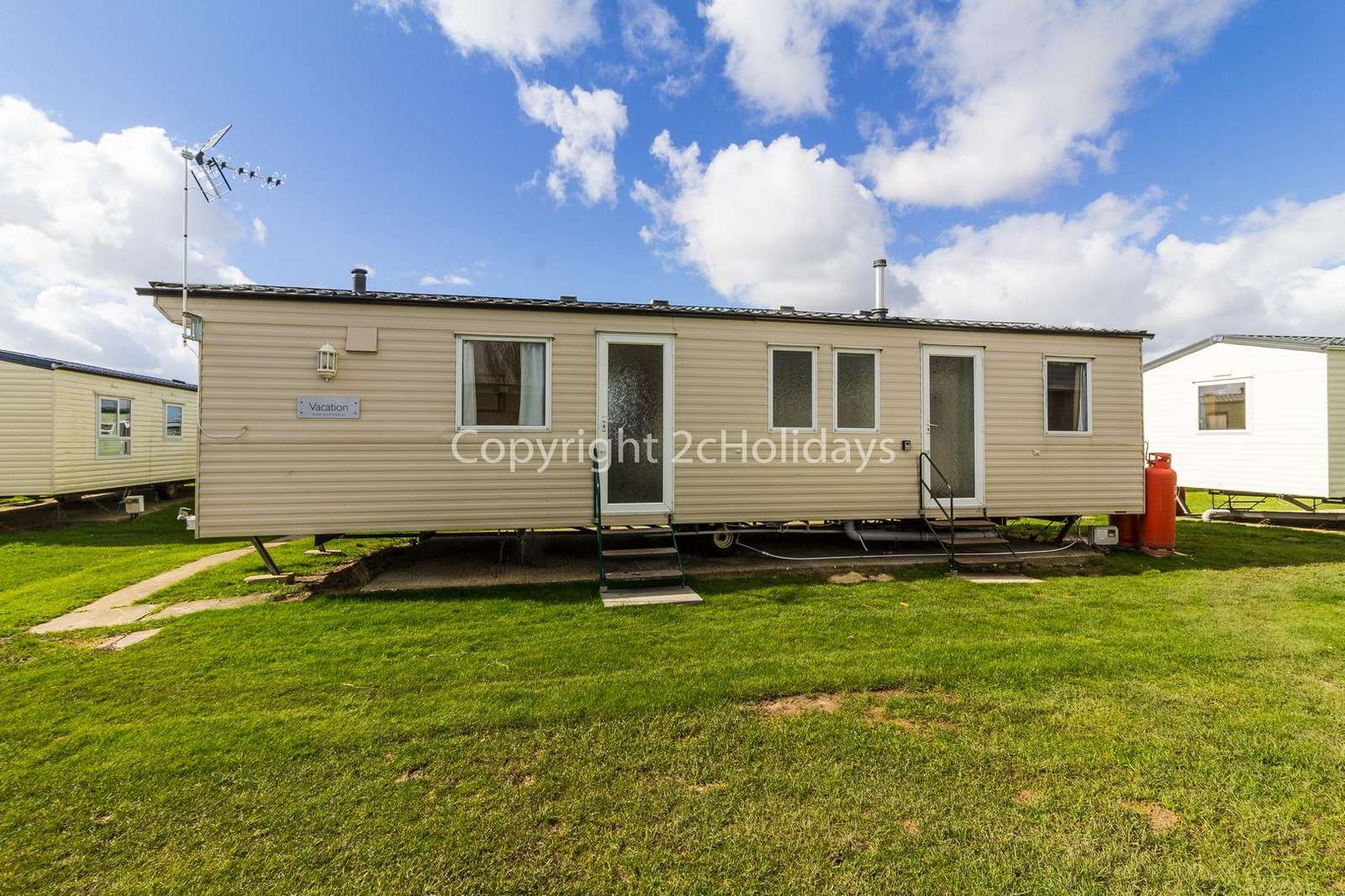 So many families have enjoyed their stay at Martello beach holiday park - property
