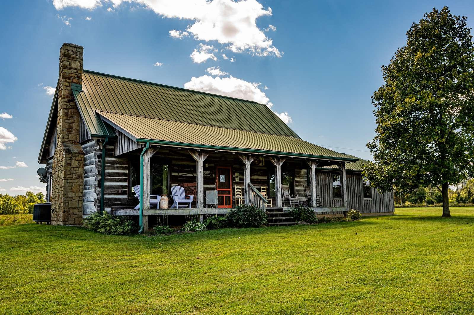 Bittersweet Farm Log Cabin - property