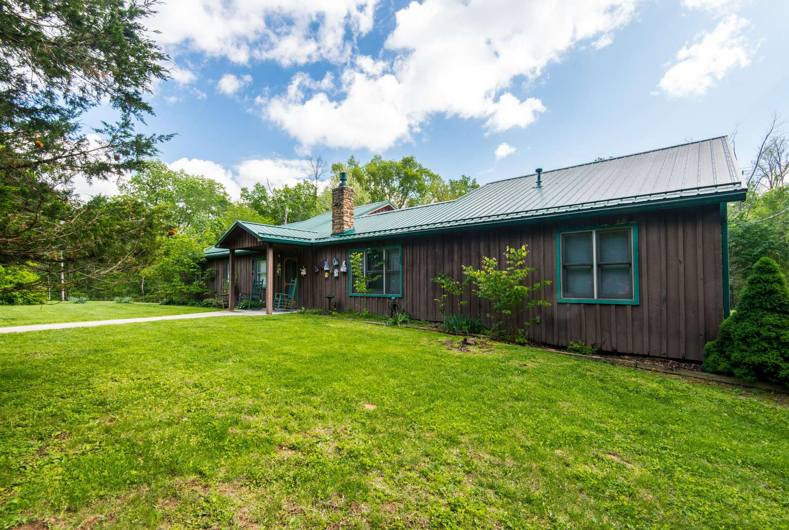Country Resort Vacation Cabin - property