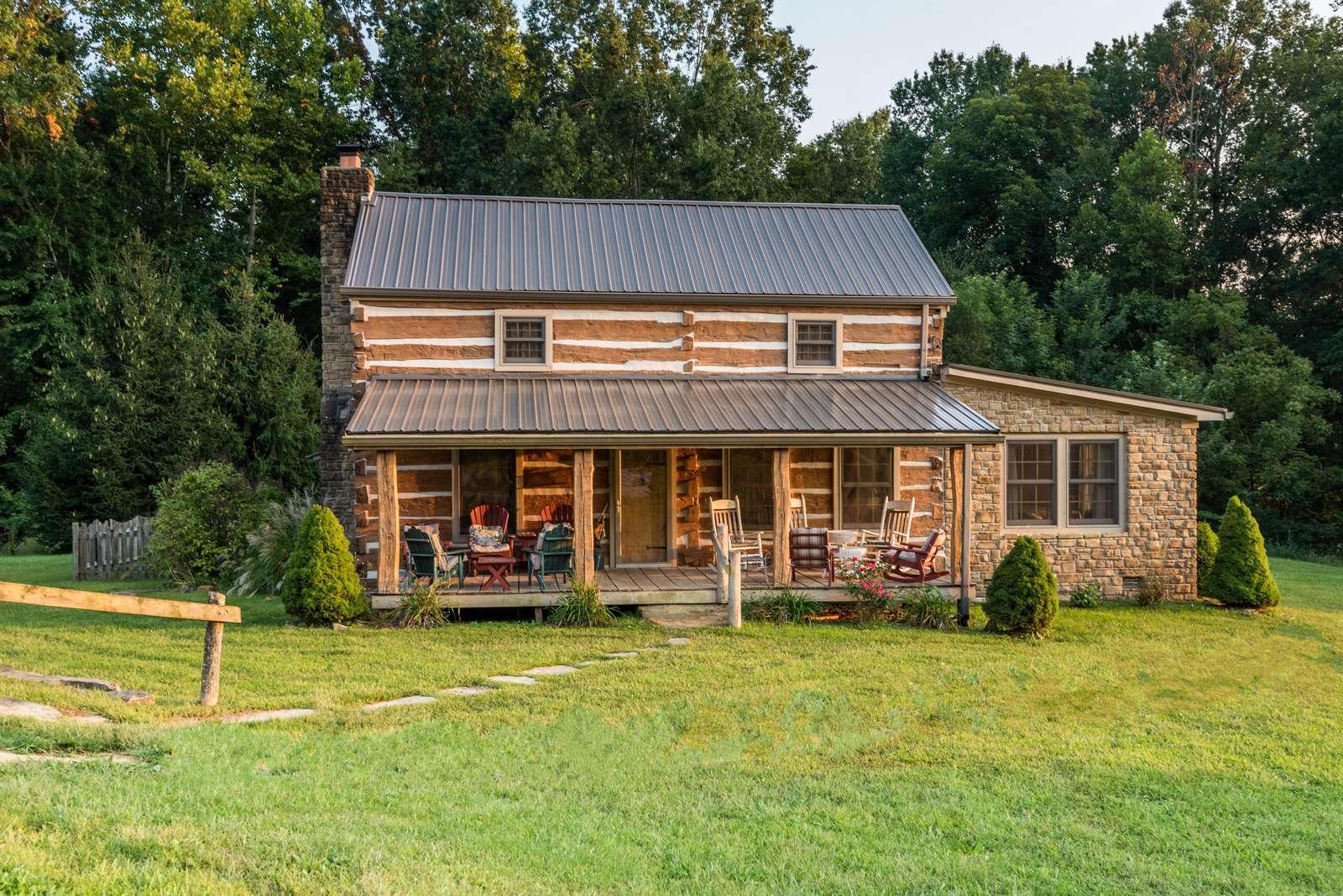 Hawks Haven Log Cabin - property