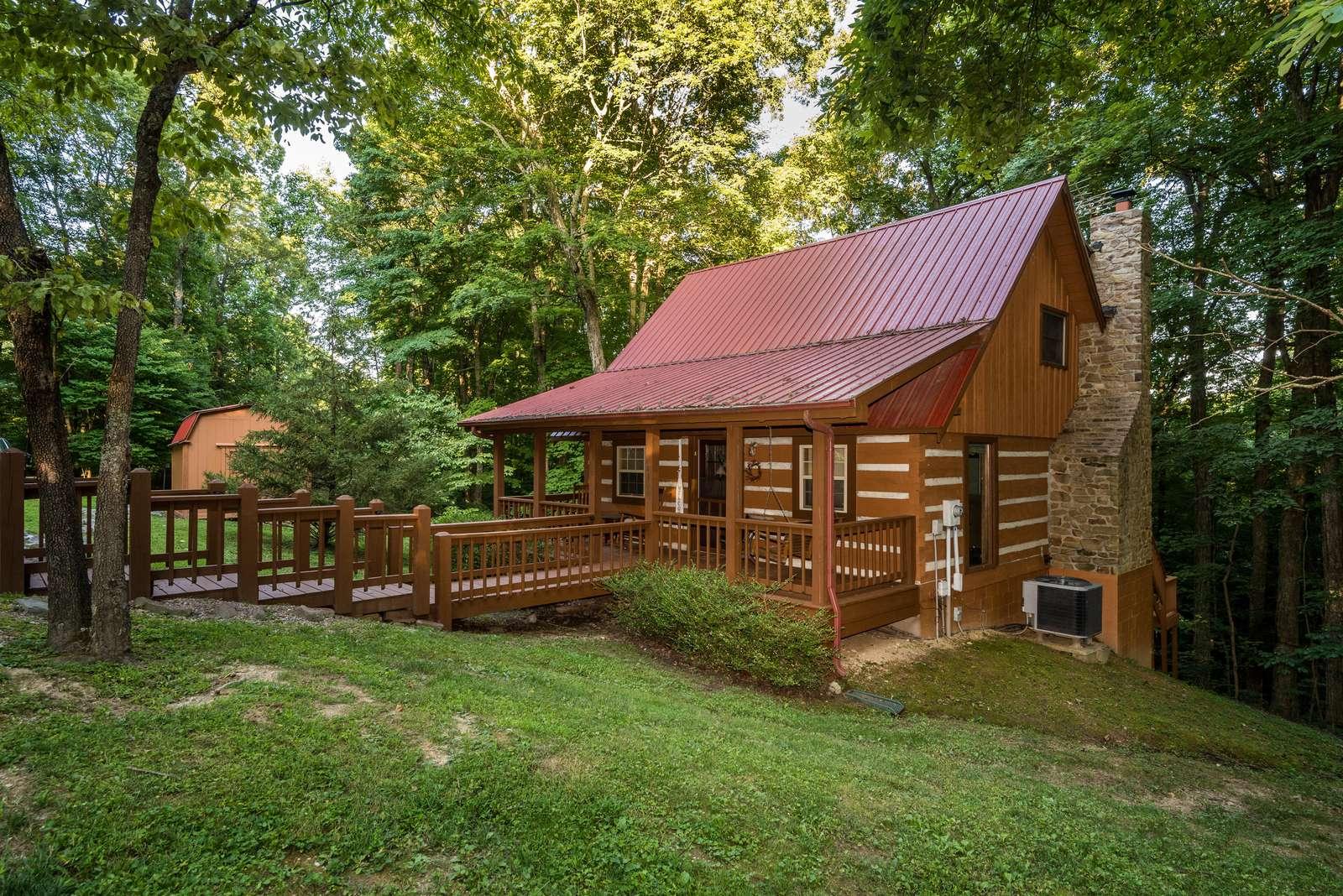 Snoozing Moose Log Cabin - property