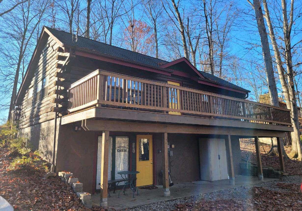 A Sunset Getaway Log Cabin - property