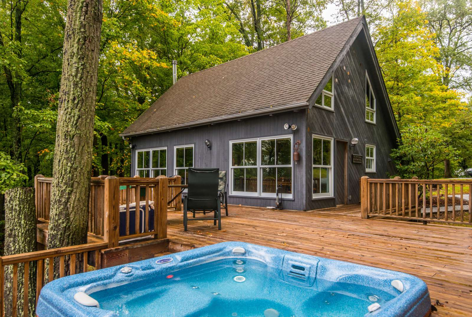 Whippoorwill Woods Cabin - property