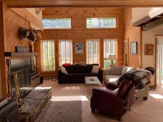 Sun-filled living room thumb