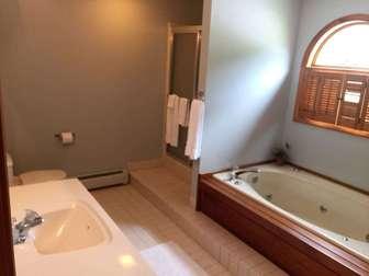 Private master bathroom on top floor thumb