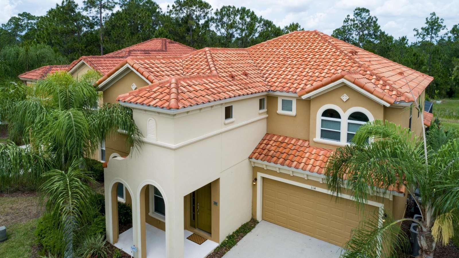 P413 Paradise Palms - property