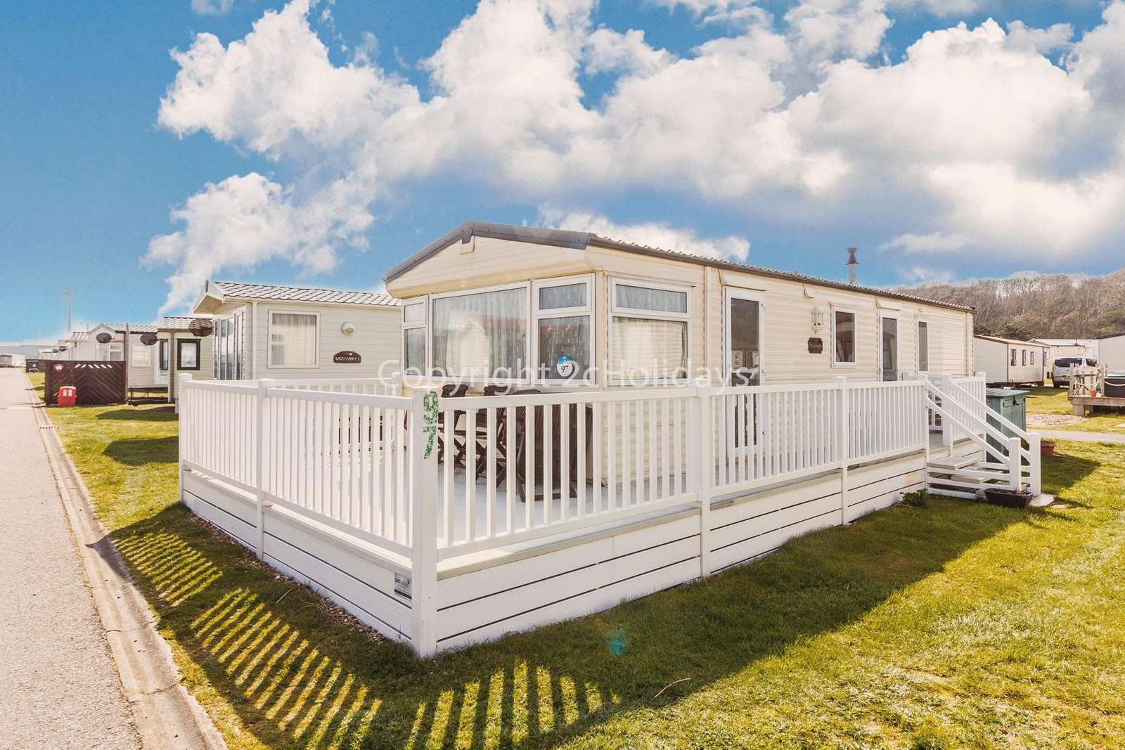 Perfect for seaside break with the beach only a 5 minute walk away!