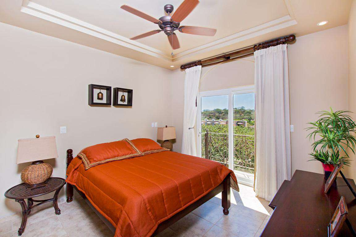 Guest bedroom, full private bathroom