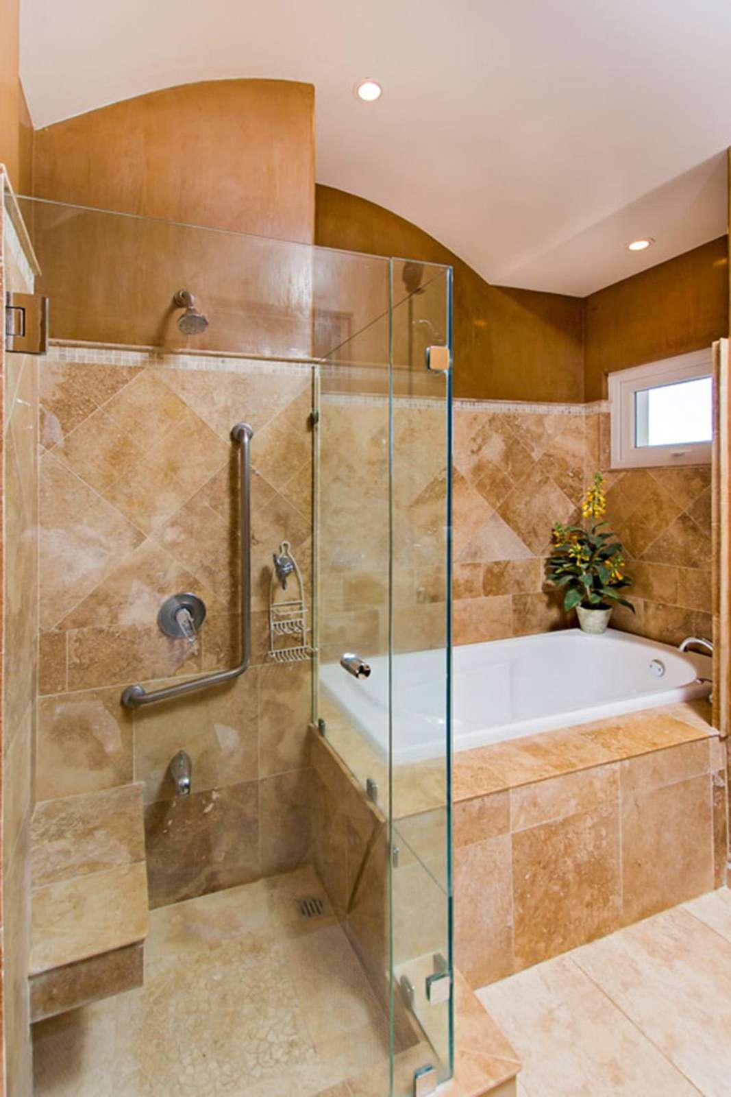 Master bathroom, garden tub, walk in shower