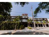 Small, quiet complex walking distance to amenities & beach thumb