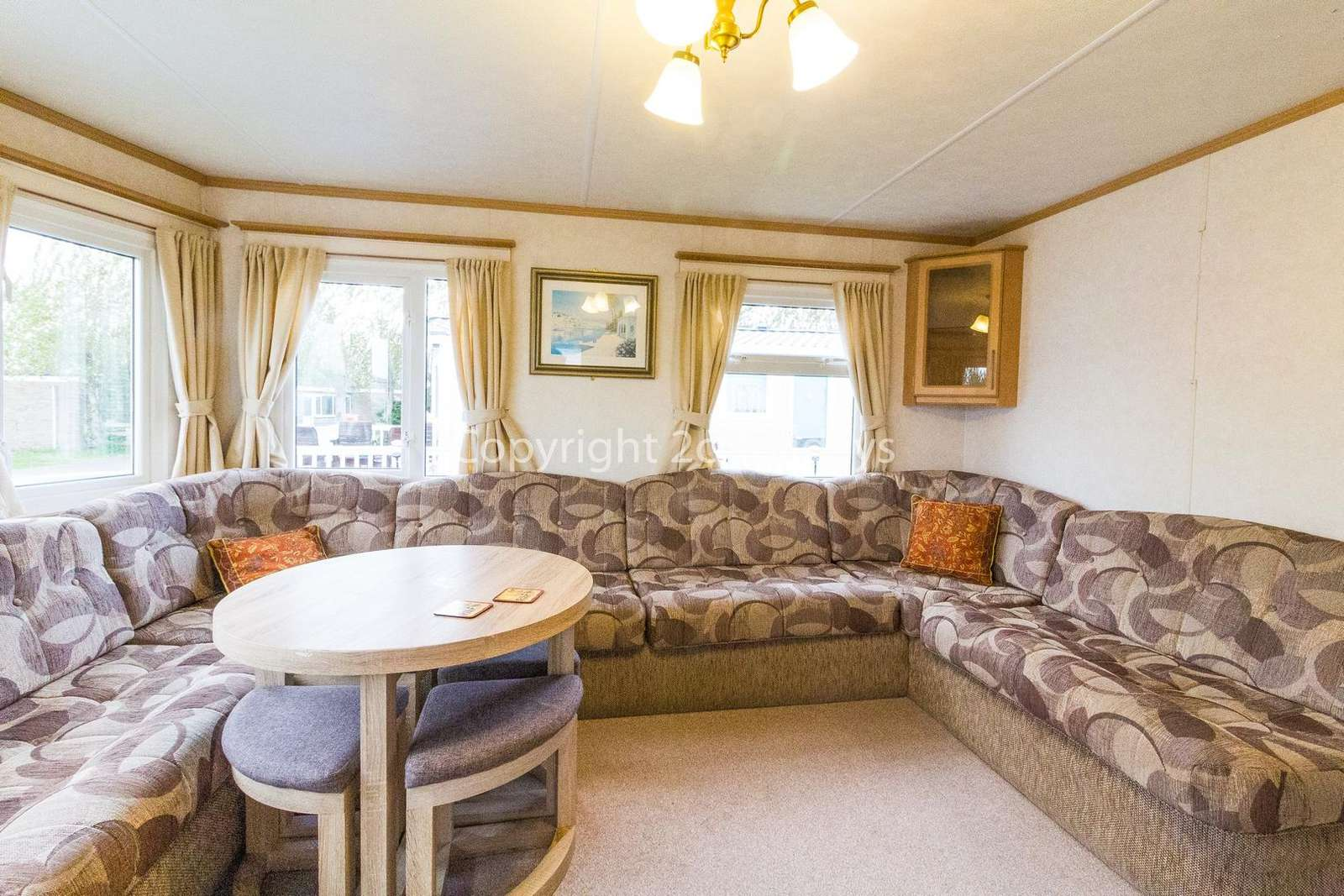 A homely and spacious living/dining area, great for families