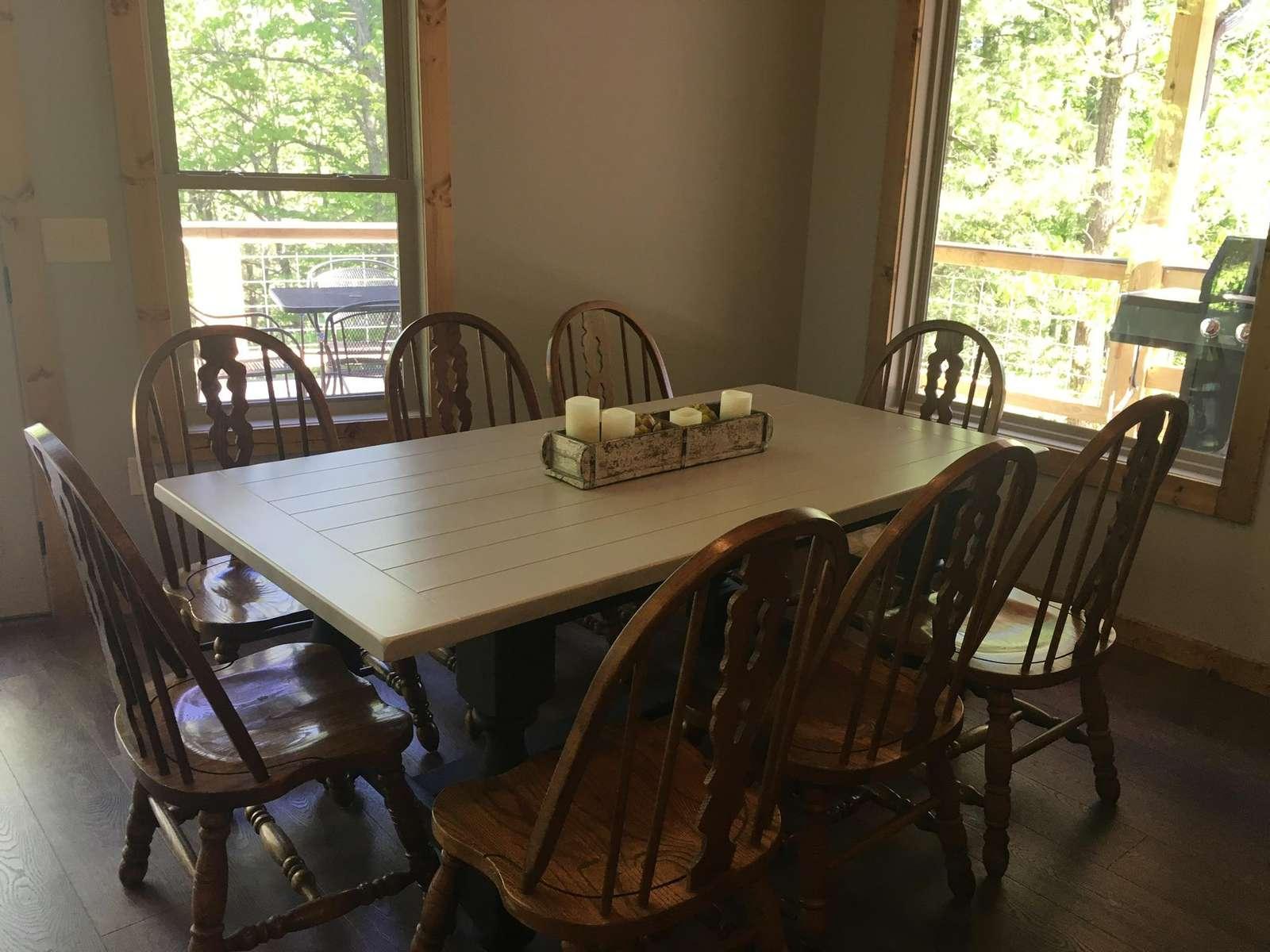 Kentucky Straight Wilderness_ Dining Area