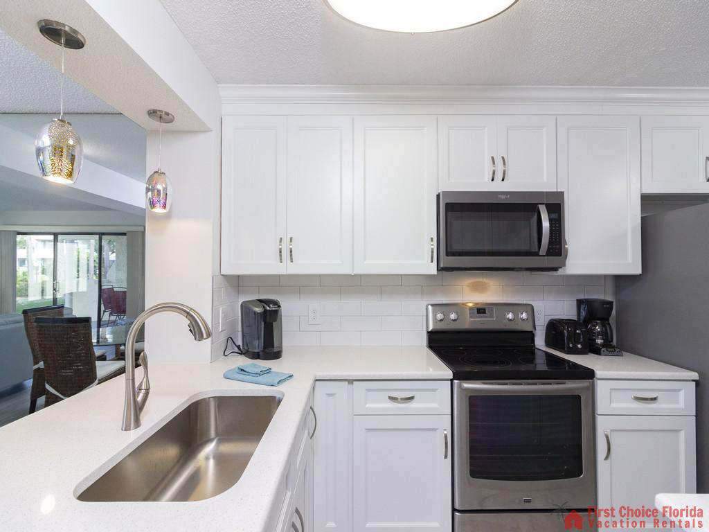 Colony Reef 3101 Kitchen