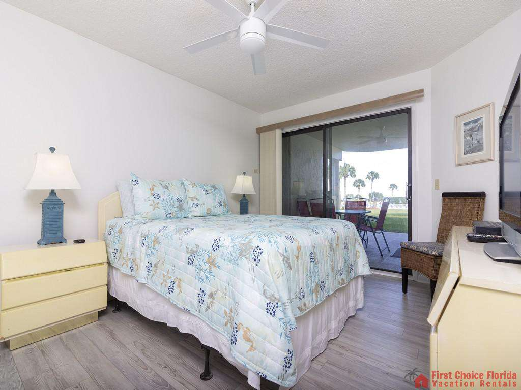 Colony Reef 3101 Bed with Patio Door