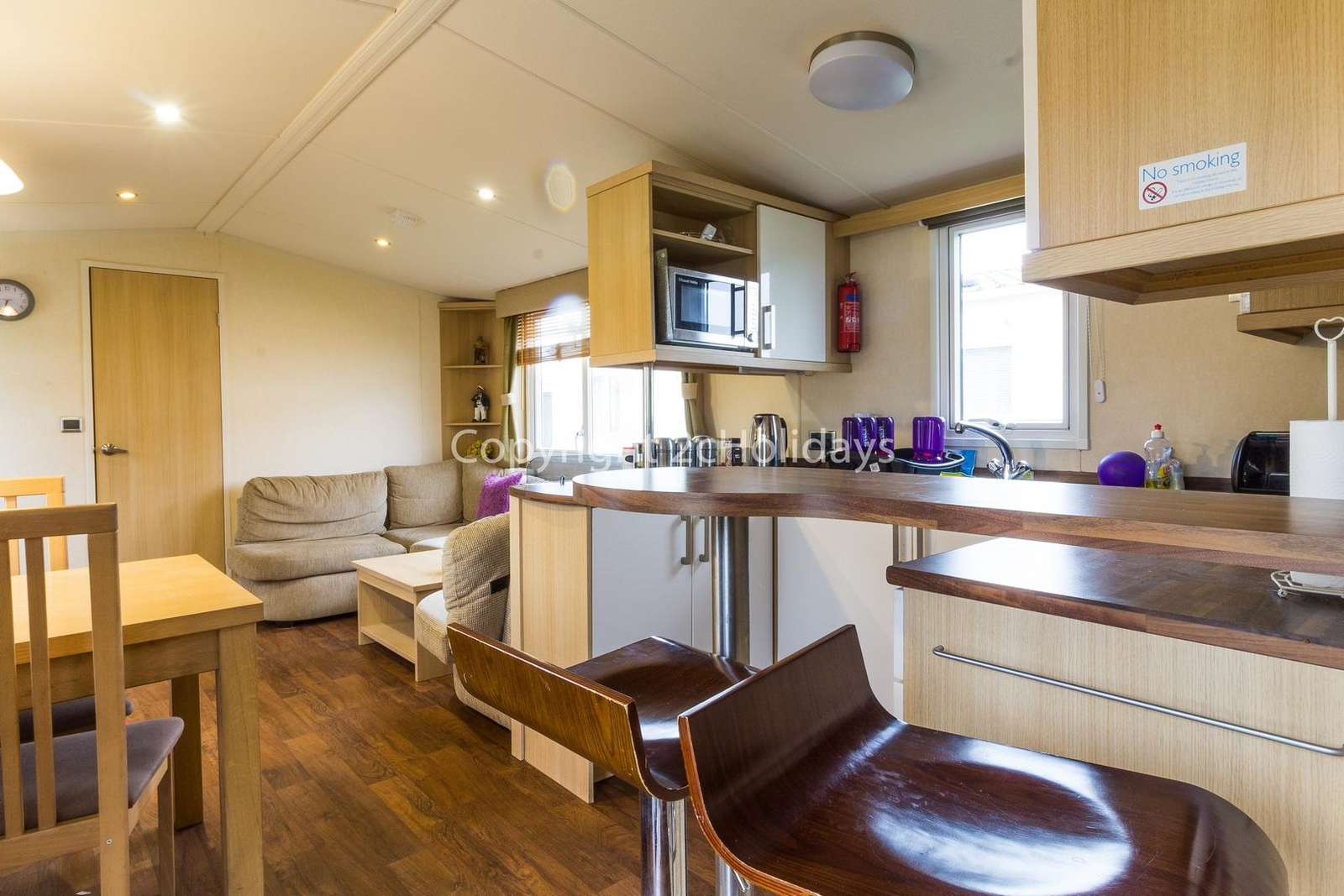 Mini breakfast bar in this caravan!