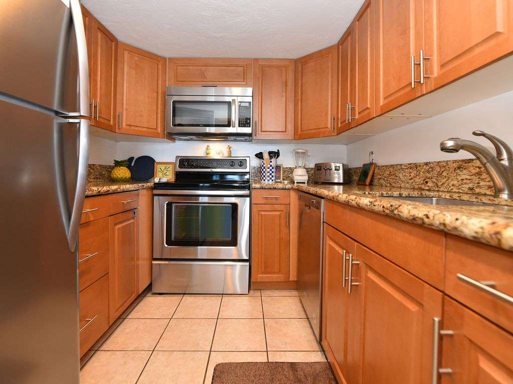 Beautifully remodeled Kitchen with Stainless Steal Appliances