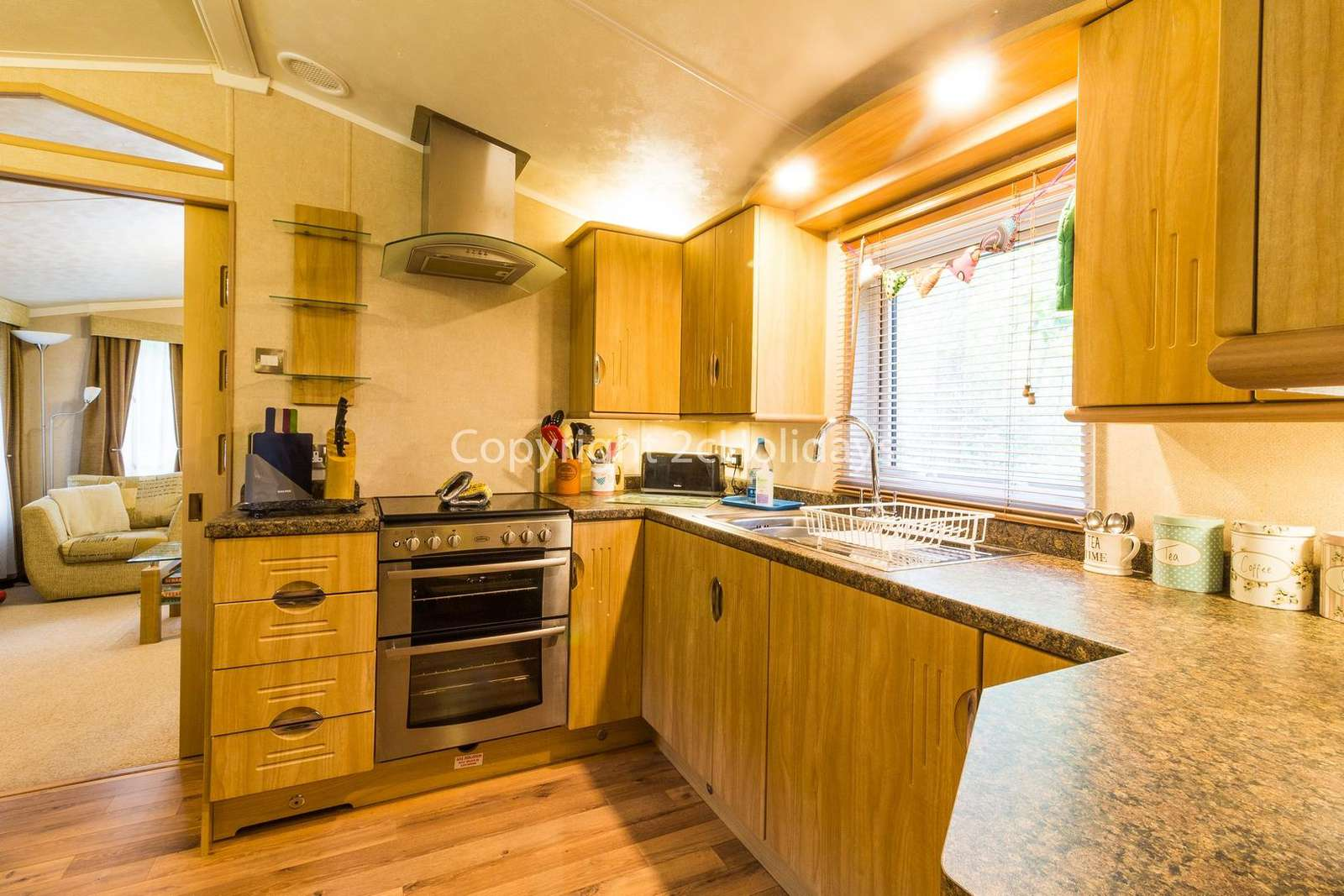 A spacious fully equipped kitchen, perfect for self-catering holidays!
