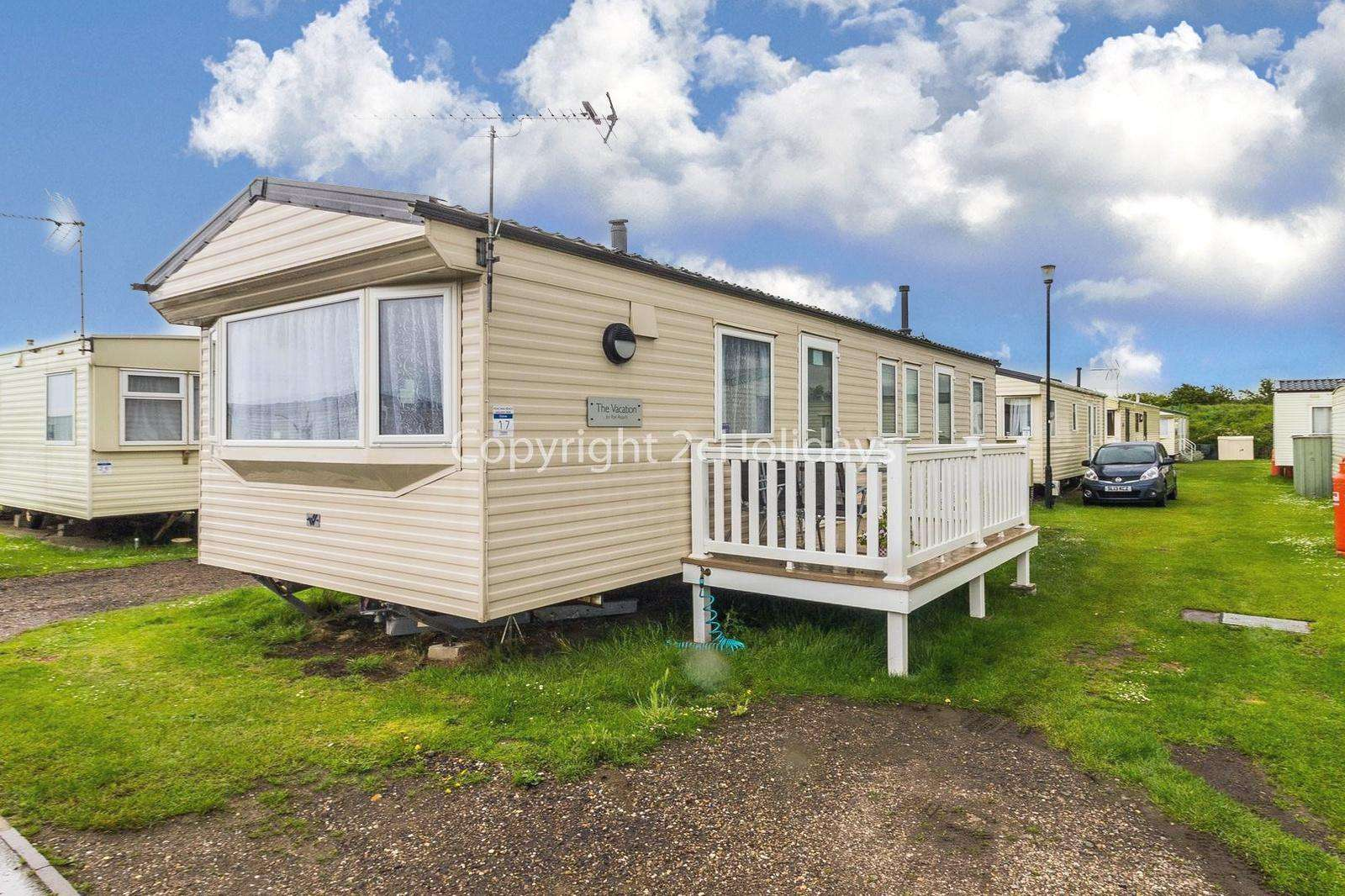 Superb caravan near to the on site amenities - property