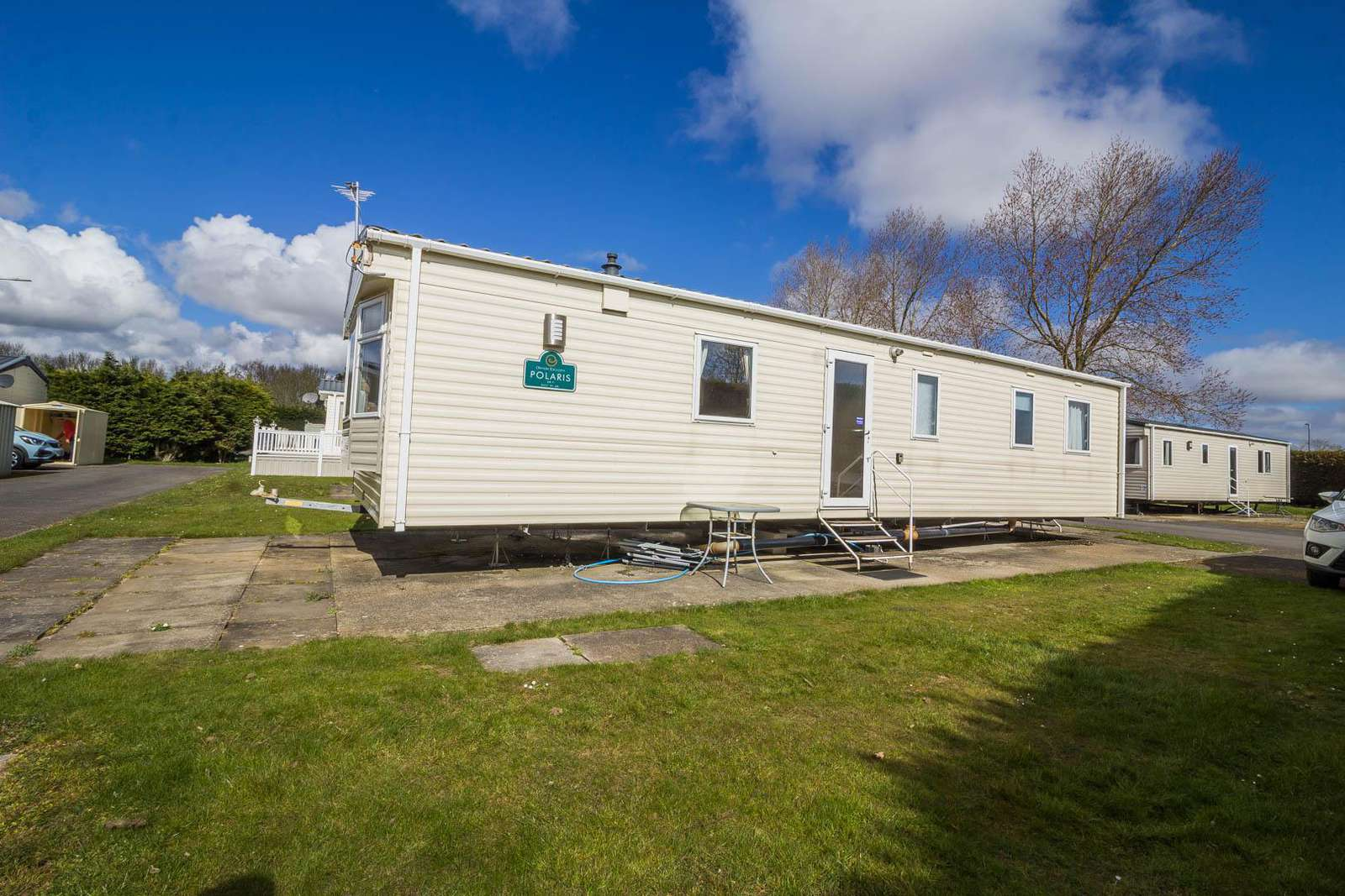 33018ML – Maple Lake area, 3 bed, 8 berth caravan close to amenities. Ruby rated. - property