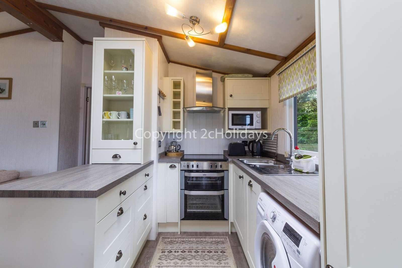 A fully equipped kitchen, perfect for self-catering breaks!