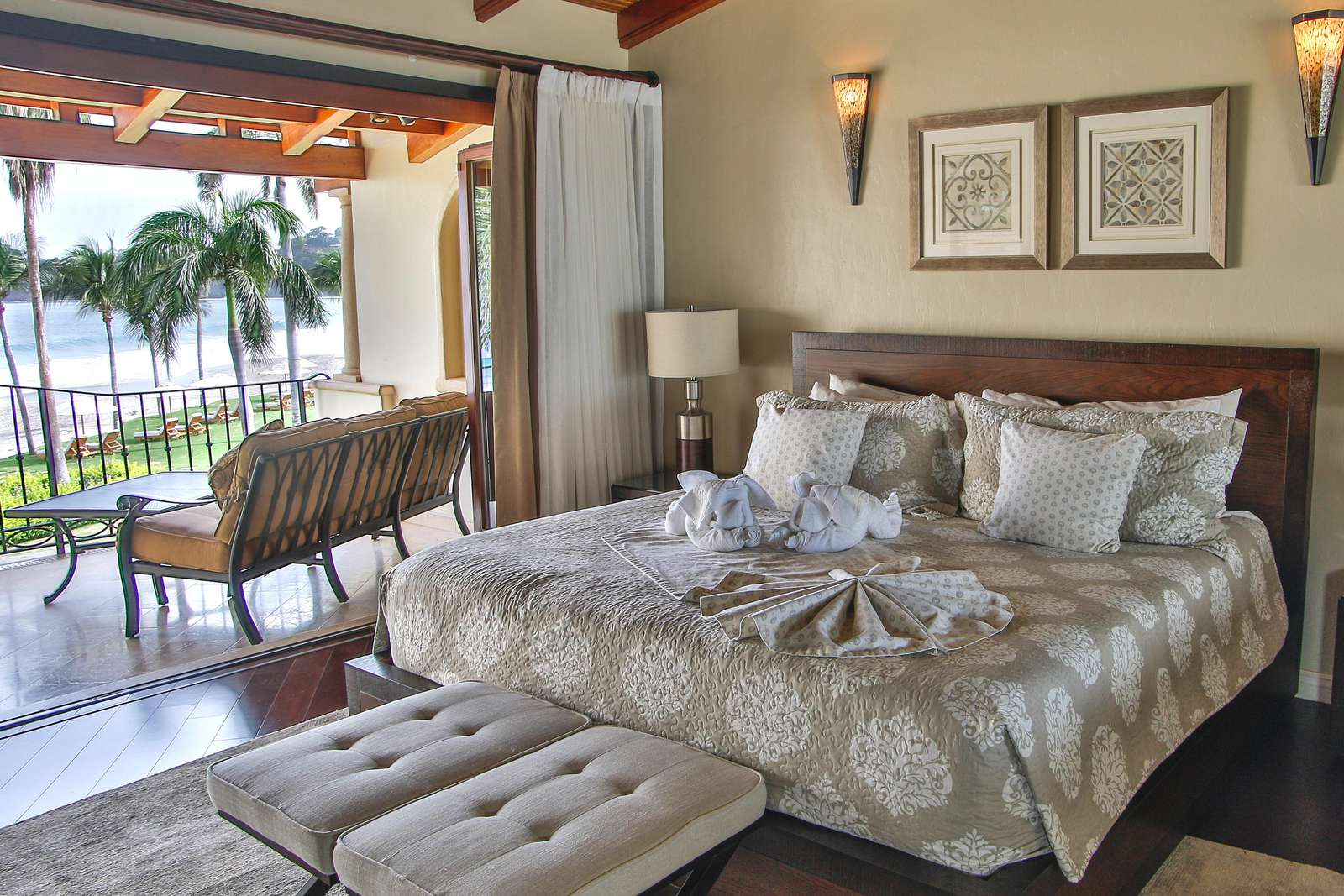 Master bedroom, ocean views, king bed, private bathroom, access to private balcony