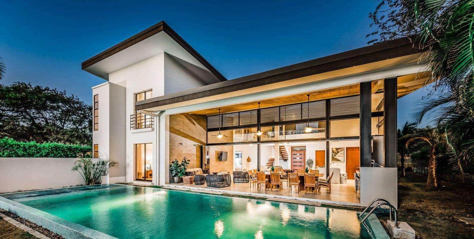 Casa Moderna, an exclusive luxury resort home - property