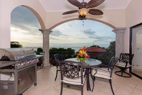 Sunrise 48- 3 Bedroom Ocean View Penthouse Condo