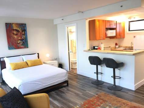 Waikiki Grand Suite 322