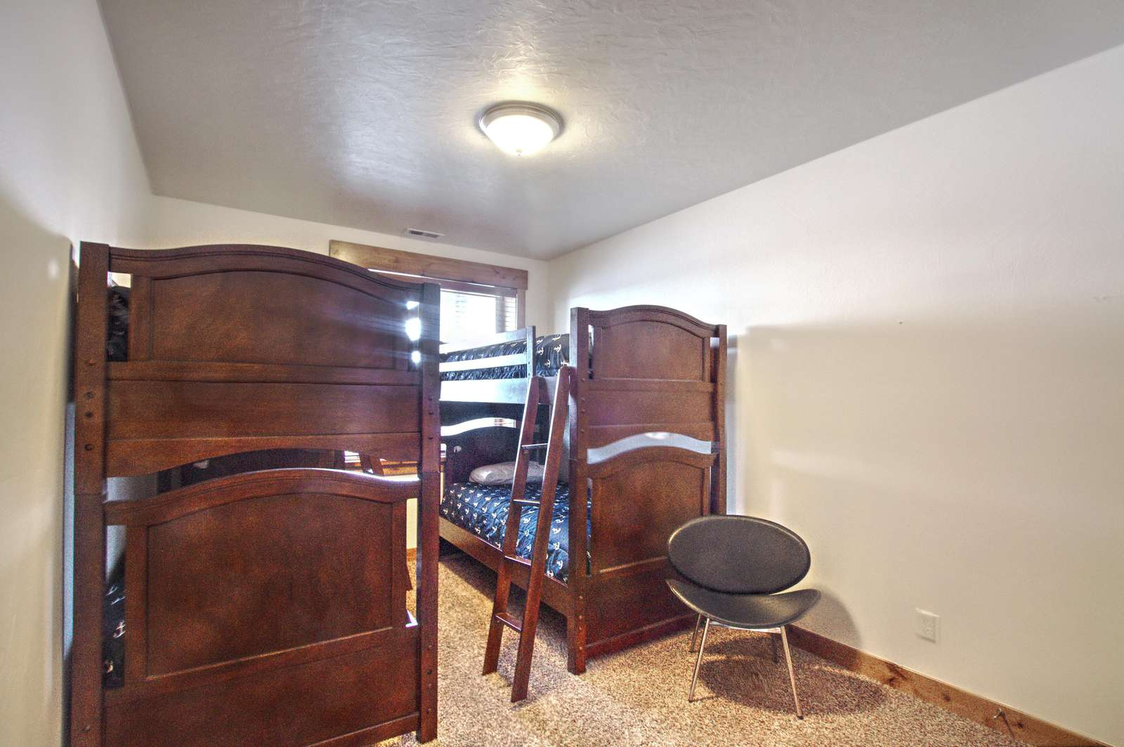 2nd basement bedroom