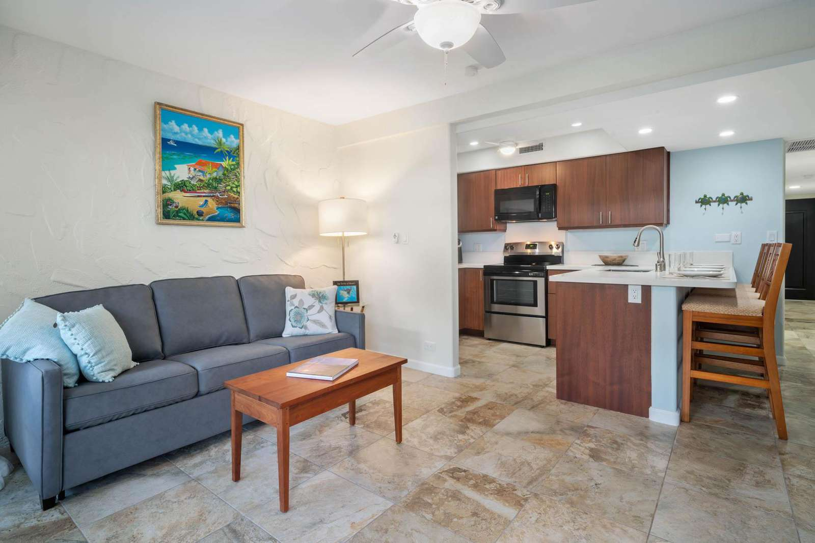 Lovely living area and kitchen - everything is brand new!