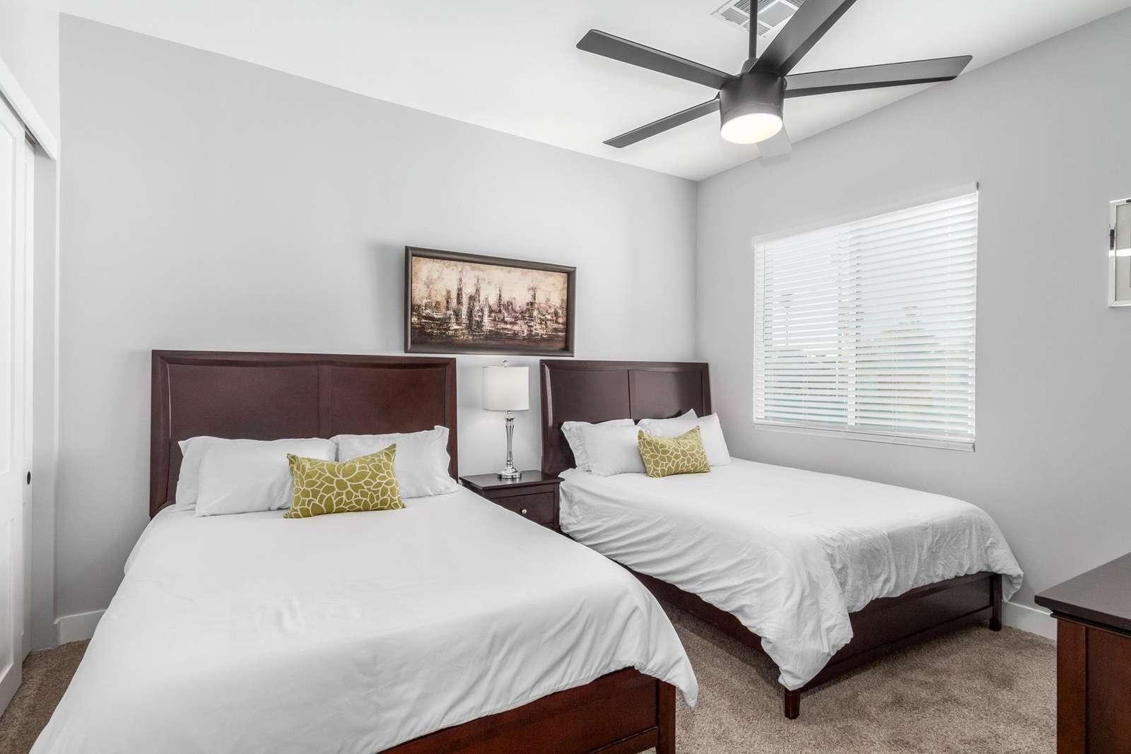 4th Bedroom Has 2 Queen Beds-TV