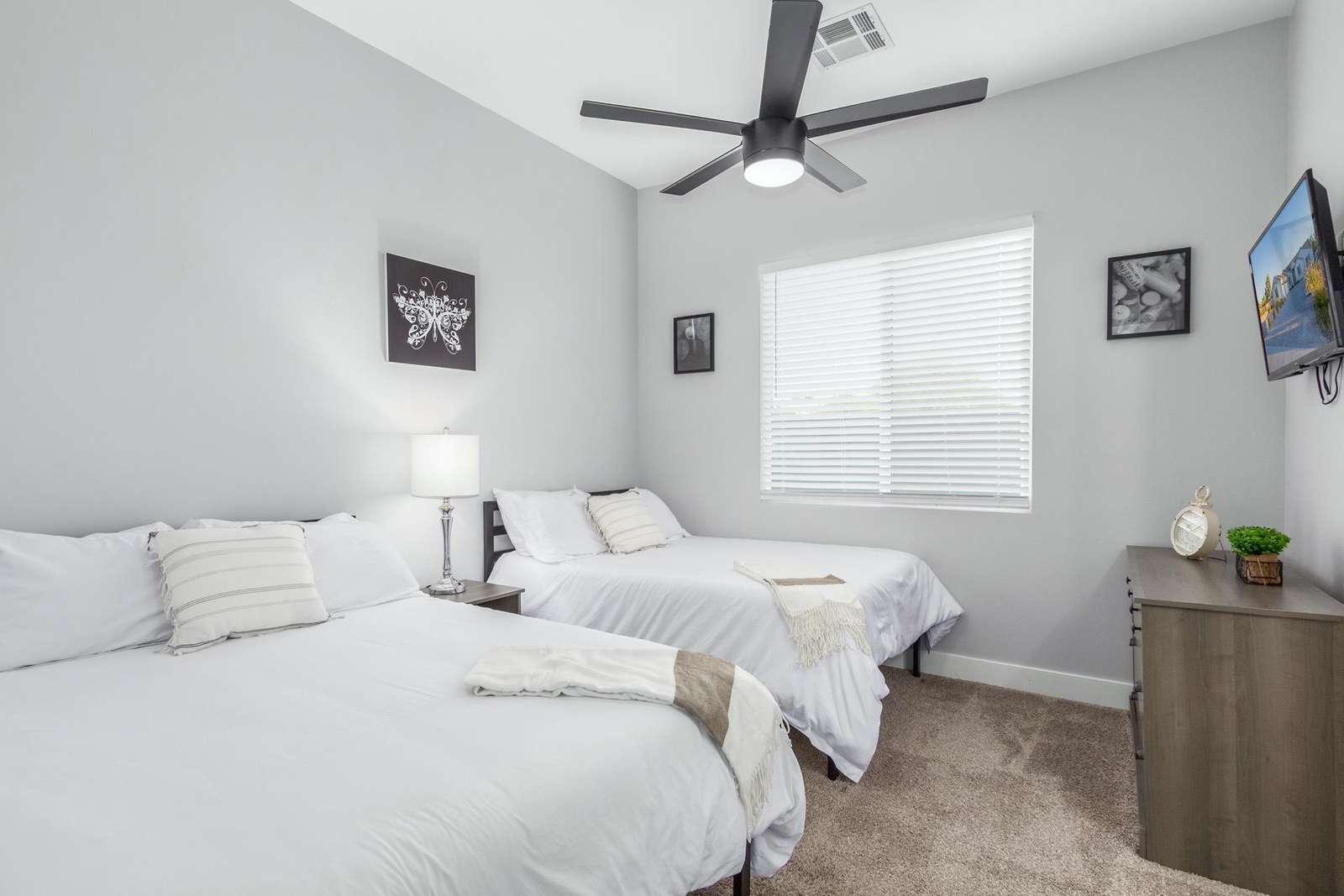 3rd Bedroom Has 2 Full Beds-TV
