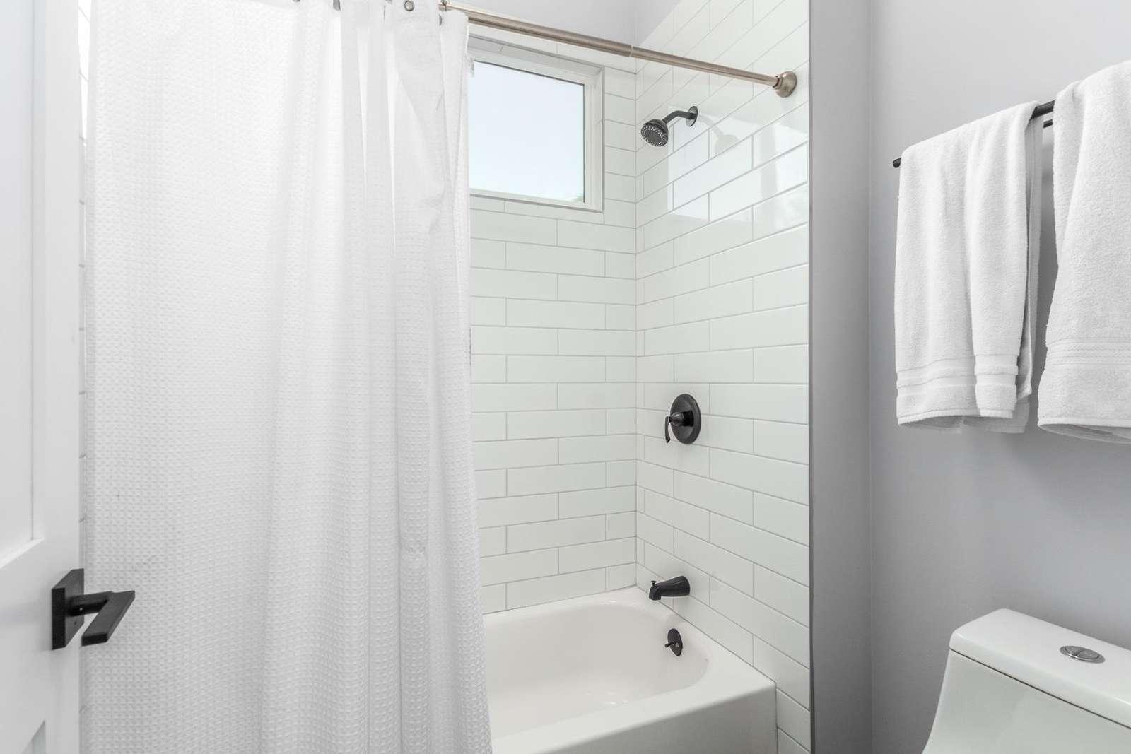 2nd Jack & Jill Tub-Shower, Toilet Closet.