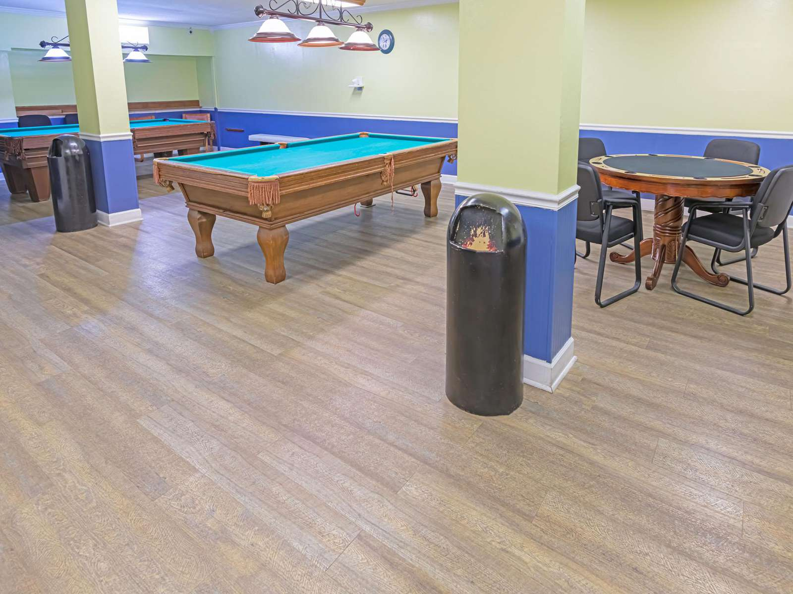 Multiple pool and game tables downstairs!