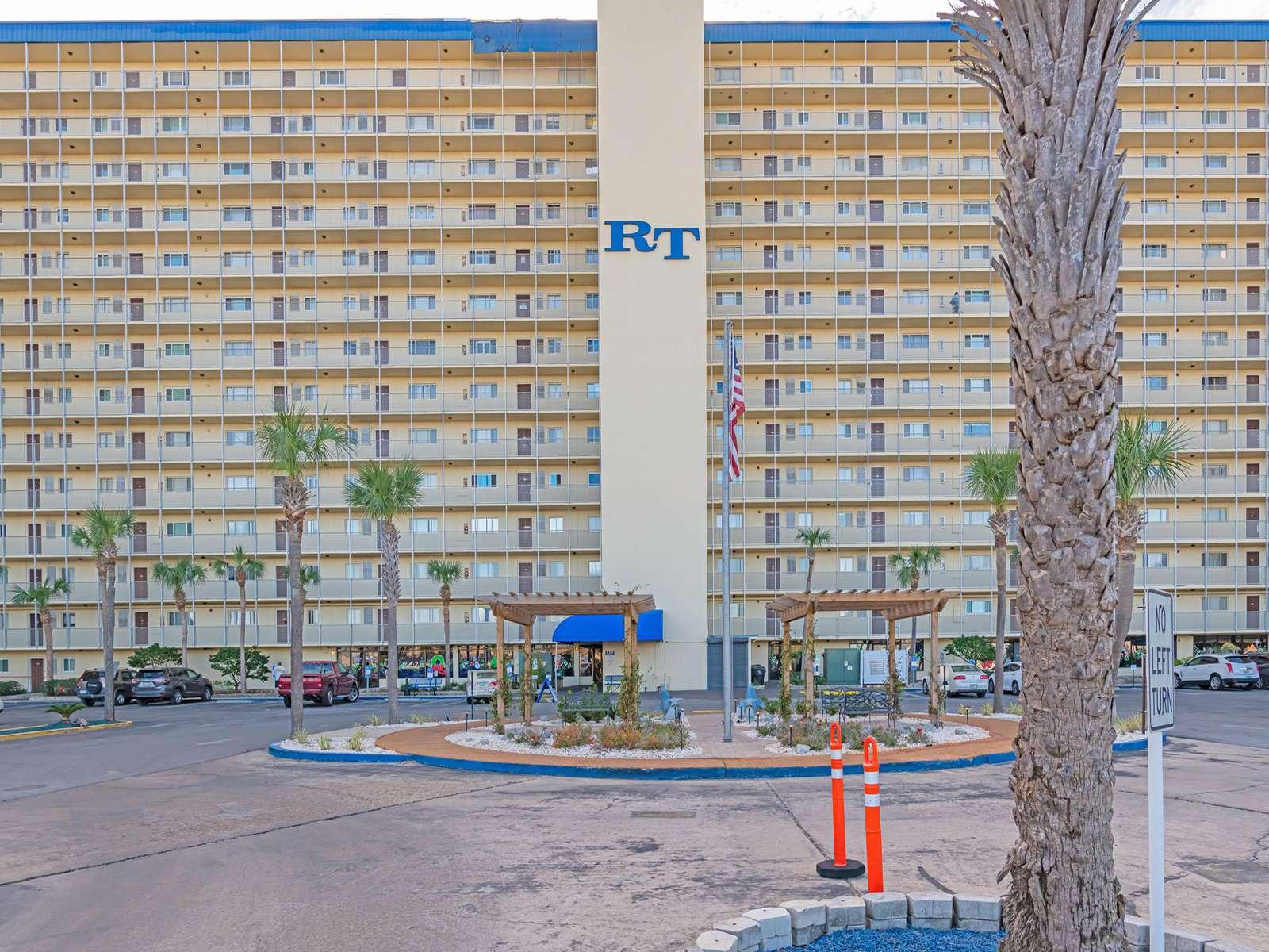 Regency Towers has plentiful amenities!
