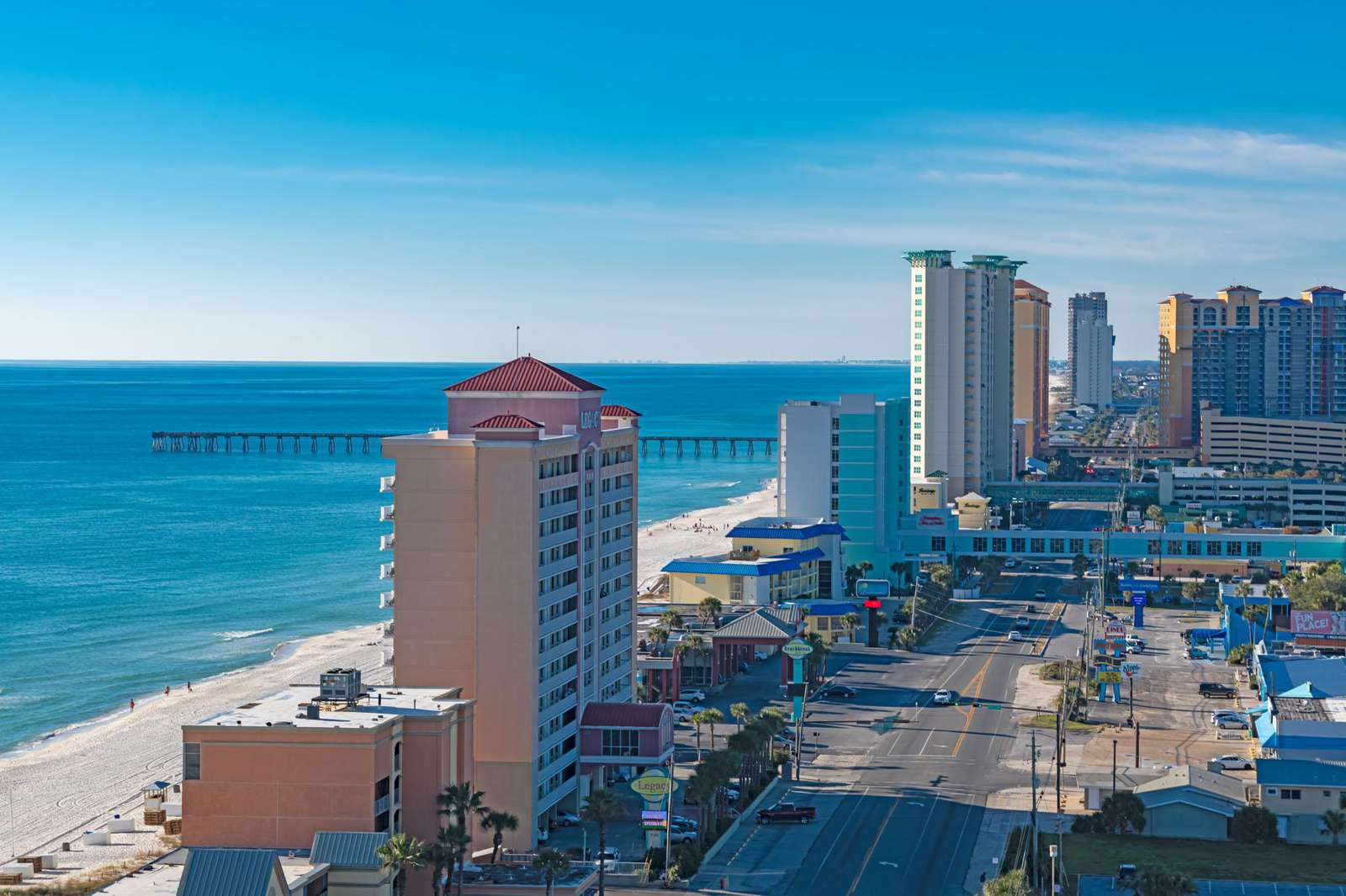Stunning views of the Gulf from the large sun deck!
