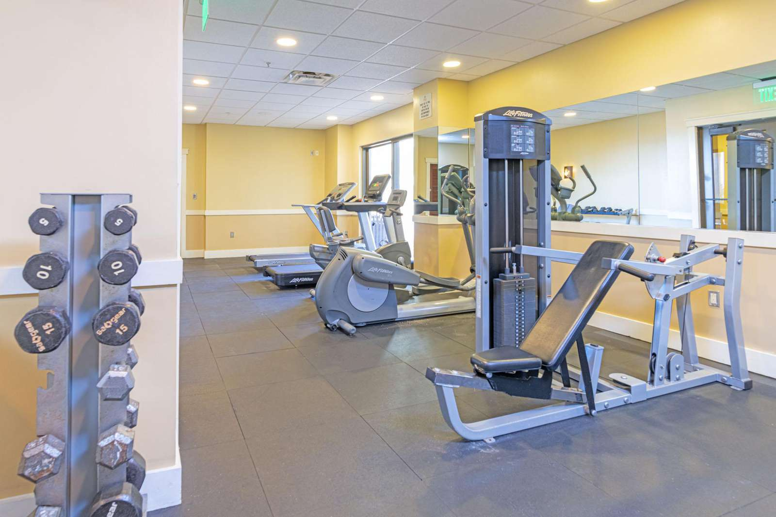 Onsite workout facilities!