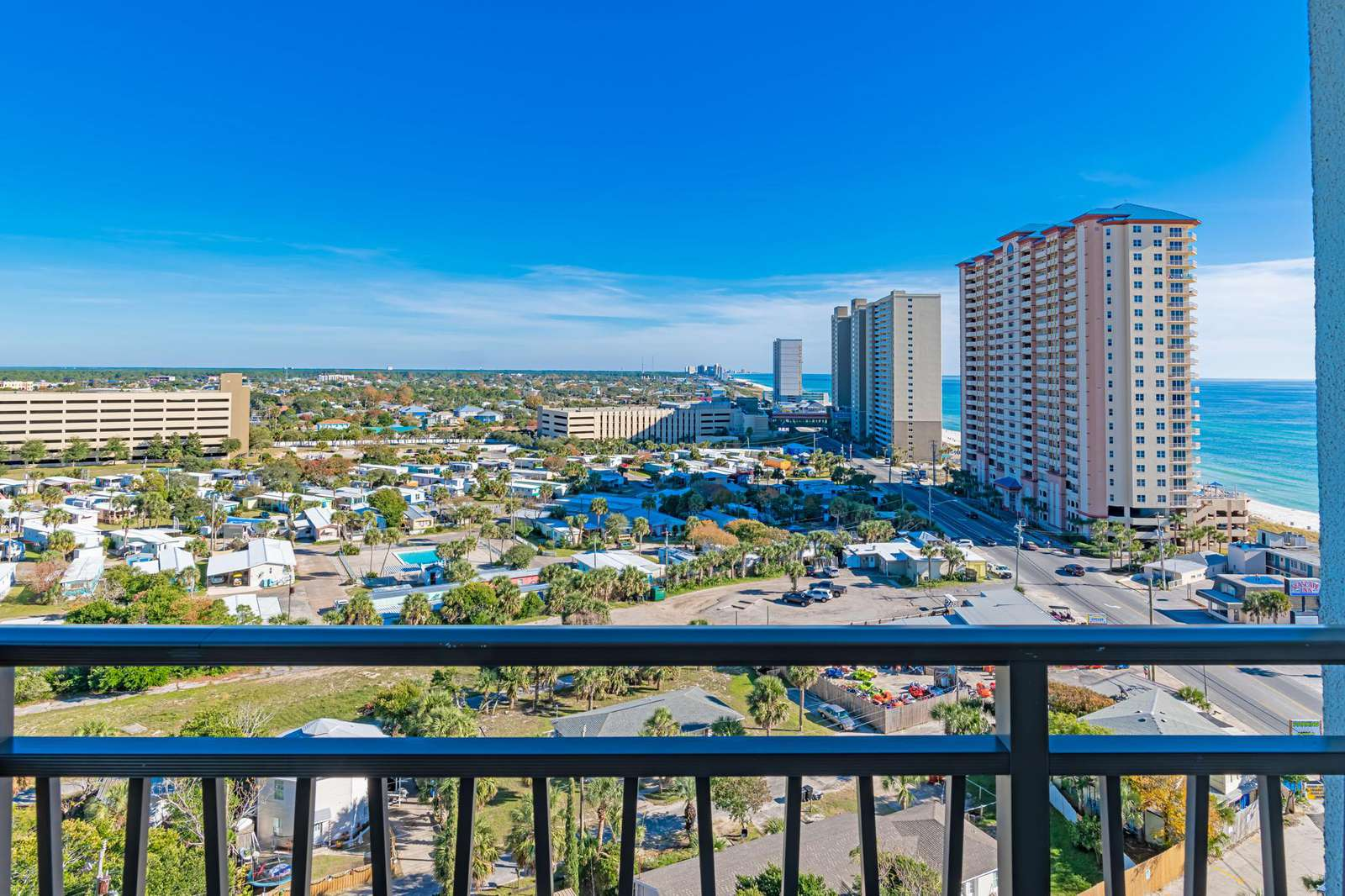 Endless views from your private balcony! - property
