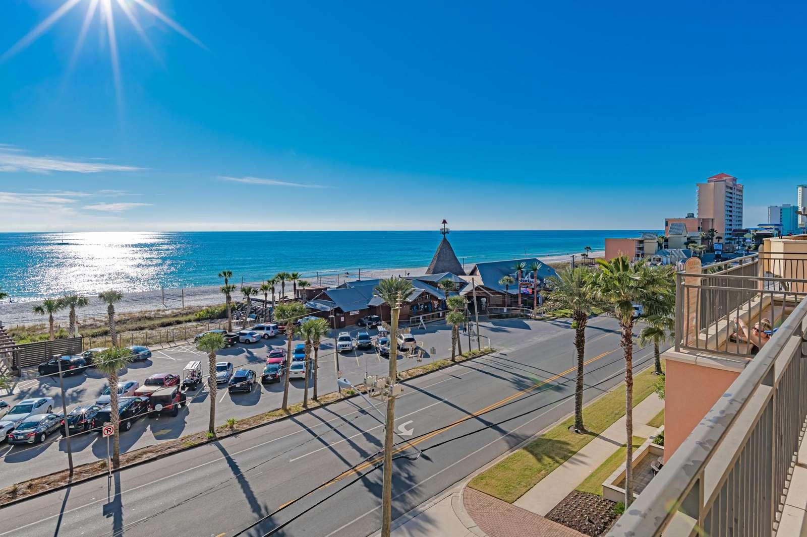 Skarky's Beachfront Restaurant across the street!